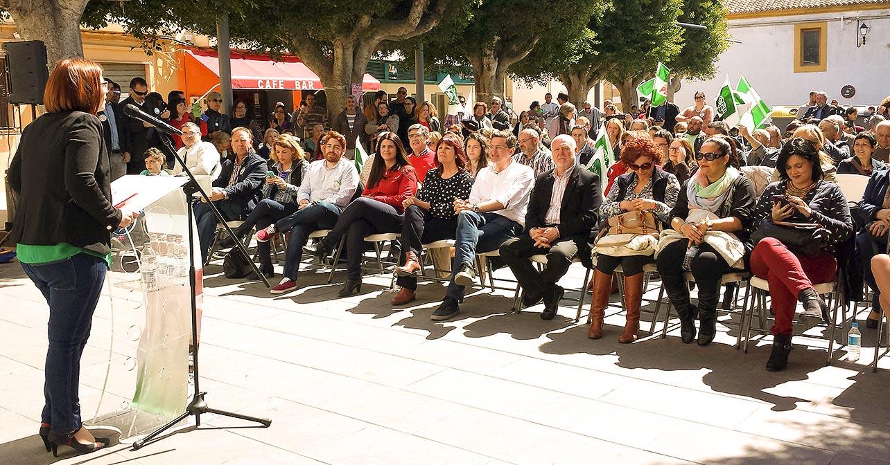 Acto de Huércal de Almería en el que han participado el secretario general del PSOE de Almería y candidato al Parlamento de Andalucía, José Luis Sánchez Teruel, y la presidenta del PSOE, Micaela Navarro
