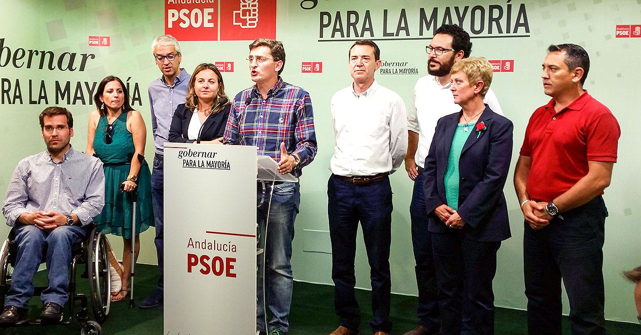 El secretario general del PSOE de Almería, José Luis Sánchez Teruel, que ha valorado los resultados obtenidos por el PSOE en la provincia