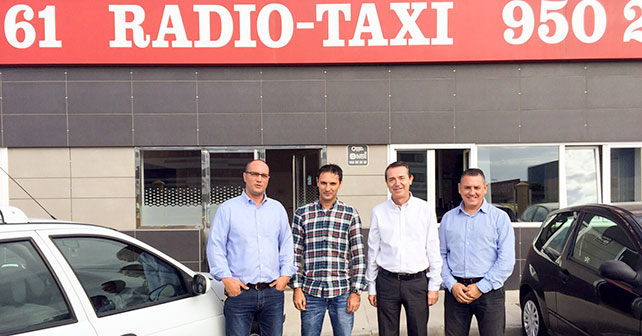 El PSOE respalda a los taxistas en su petición de ayudas por parte del Ayuntamiento para adaptar los vehículos