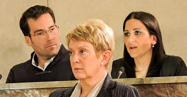 Concejales que han defendido las mociones socialistas, Pedro Díaz e Inés Plaza